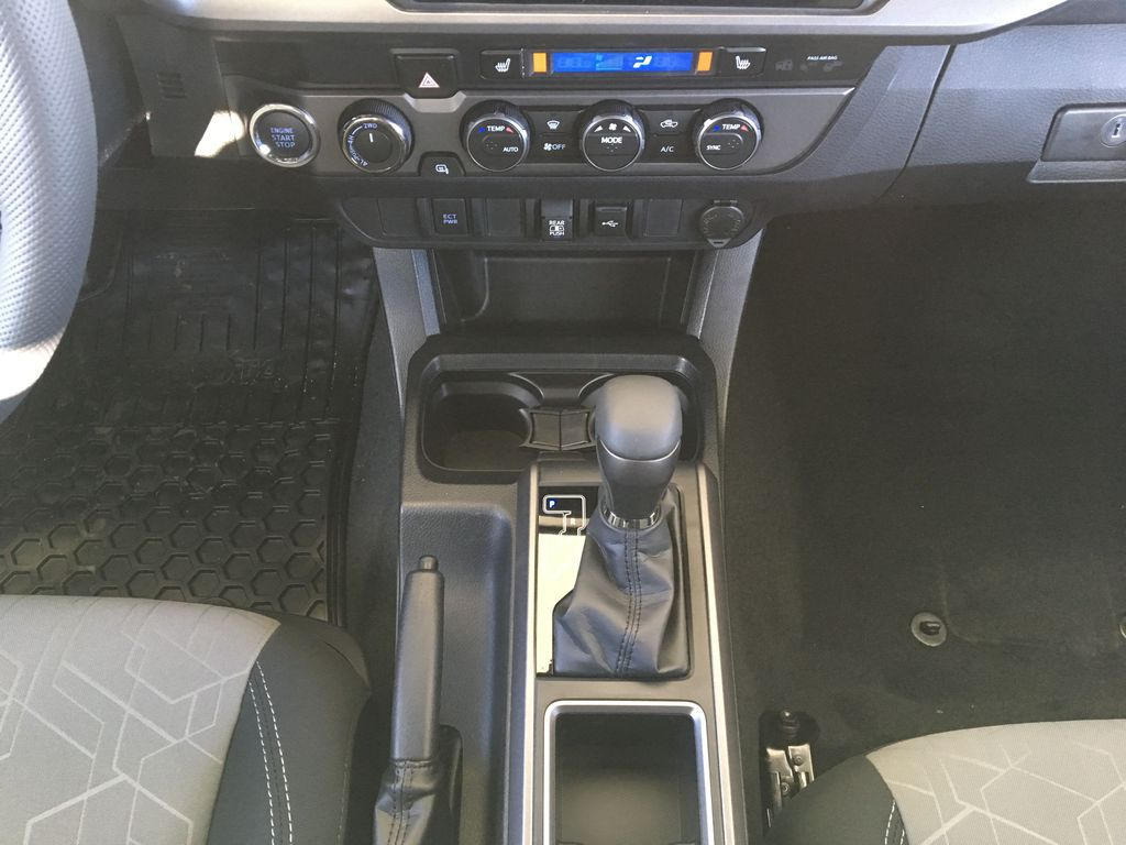 Gray[Cement] 2021 Toyota Tacoma TRD Off Road Center Console Photo in Kelowna BC