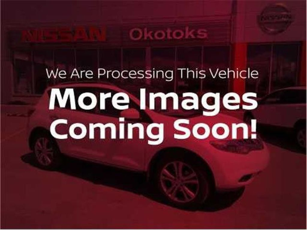 2019 Nissan Rogue Steering Wheel and Dash Photo in Okotoks AB