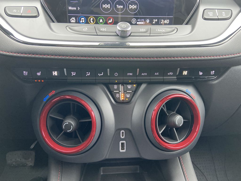 White[Iridescent Pearl Tricoat] 2021 Chevrolet Blazer RS Central Dash Options Photo in Calgary AB
