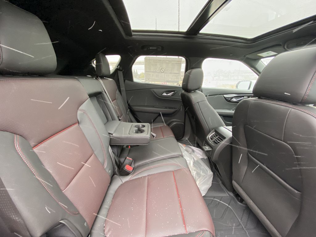 White[Iridescent Pearl Tricoat] 2021 Chevrolet Blazer RS Right Side Rear Seat  Photo in Calgary AB