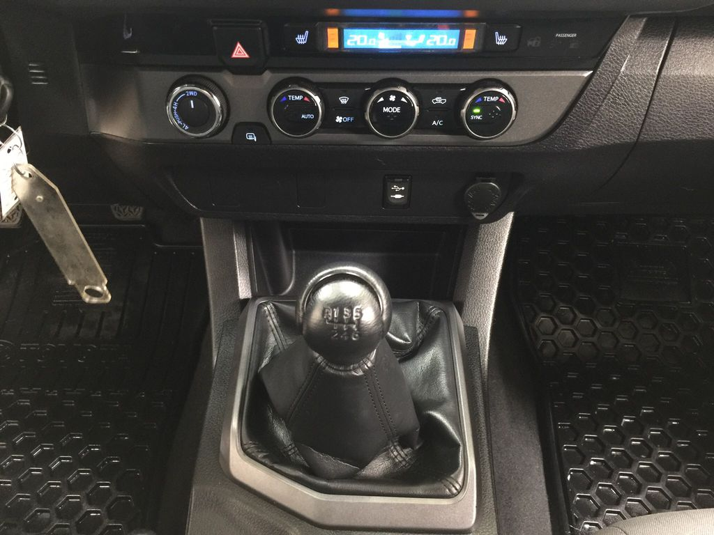 Black[Black] 2016 Toyota Tacoma TRD Sport Lower Dash Photo in Sherwood Park AB