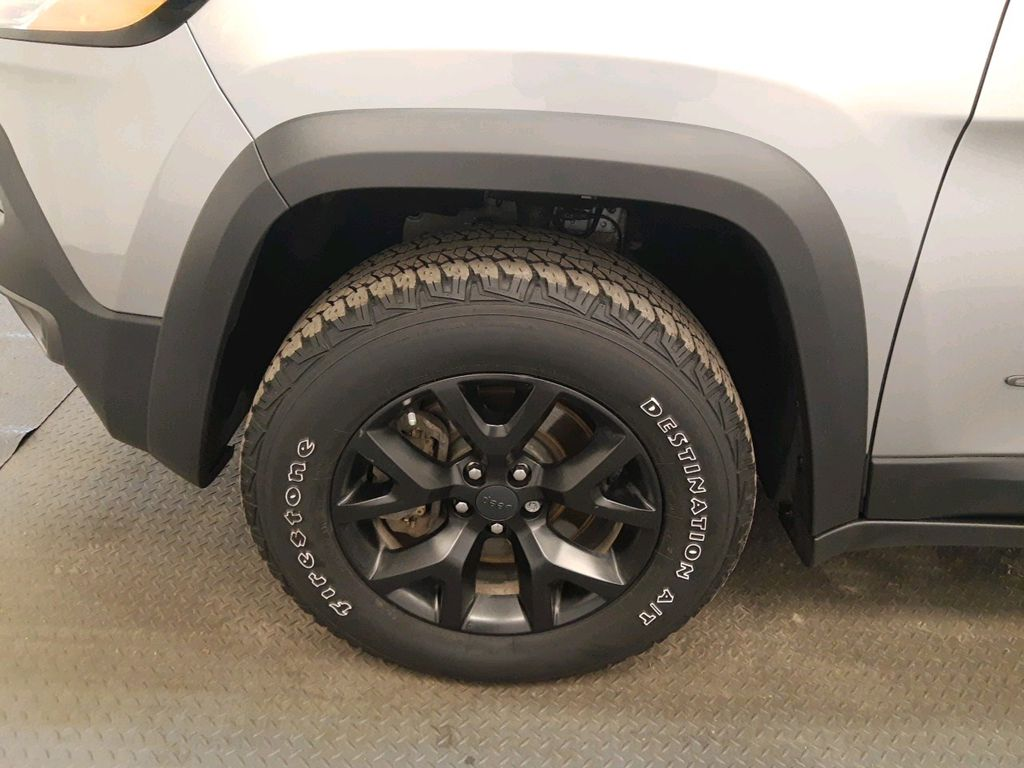Steel 2017 Jeep Cherokee Left Front Head Light / Bumper and Grill in Lethbridge AB