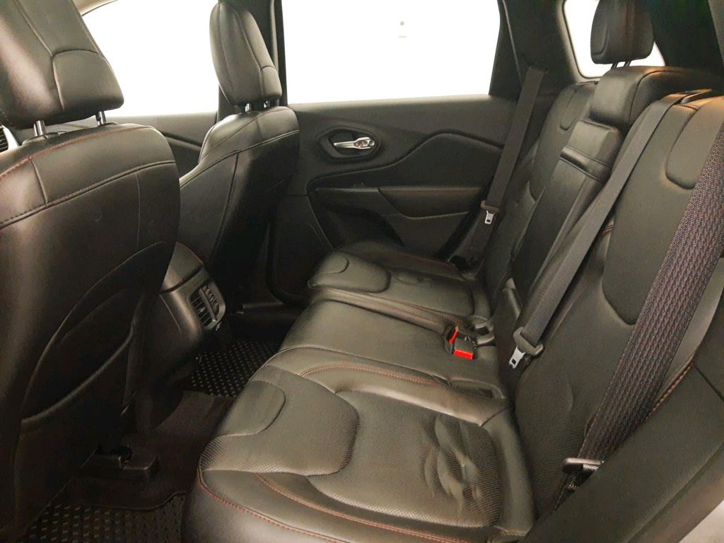 Steel 2017 Jeep Cherokee Center Console Photo in Lethbridge AB