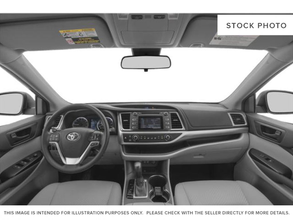 2019 Toyota Highlander Central Dash Options Photo in Dartmouth NS