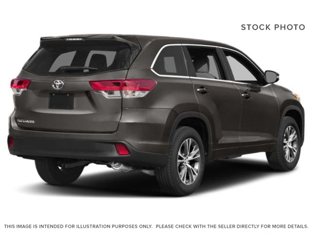 2019 Toyota Highlander Right Rear Corner Photo in Dartmouth NS