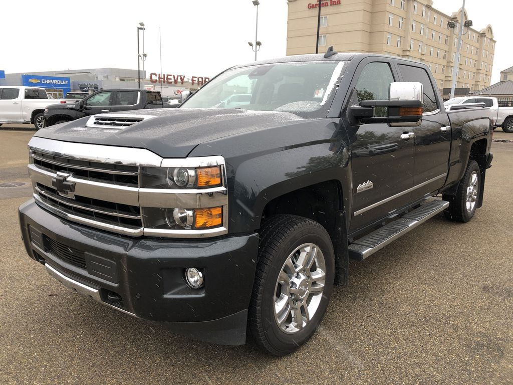 Gray[Graphite Metallic] 2019 Chevrolet Silverado 2500HD Left Front Corner Photo in Edmonton AB