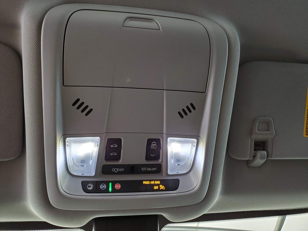 2020 GMC Terrain Steering Wheel and Dash Photo in Airdrie AB