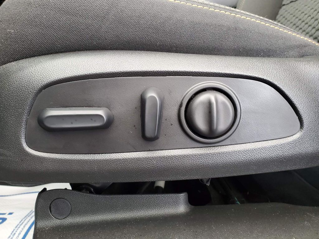 2020 GMC Terrain Driver's Side Door Controls Photo in Airdrie AB