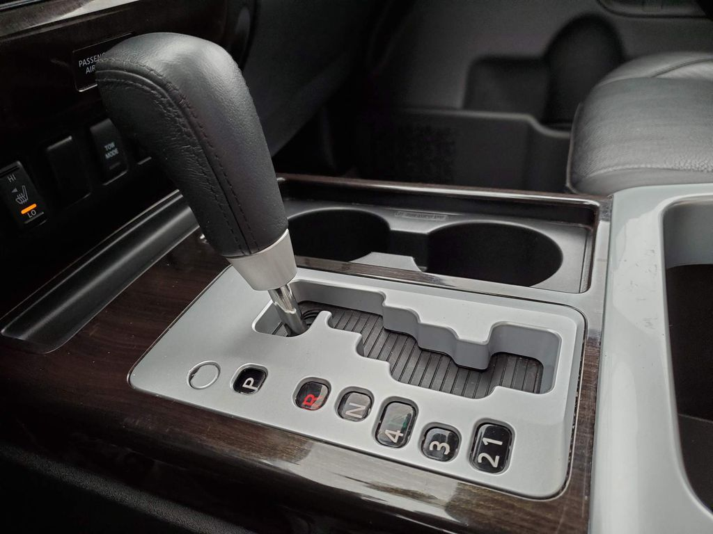 White 2014 Nissan Titan Steering Wheel and Dash Photo in Airdrie AB