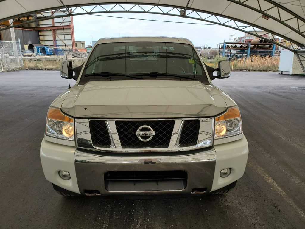 White 2014 Nissan Titan Left Front Corner Photo in Airdrie AB