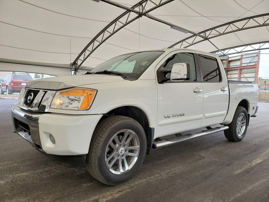 White 2014 Nissan Titan Apple Carplay/Android Auto Photo in Airdrie AB