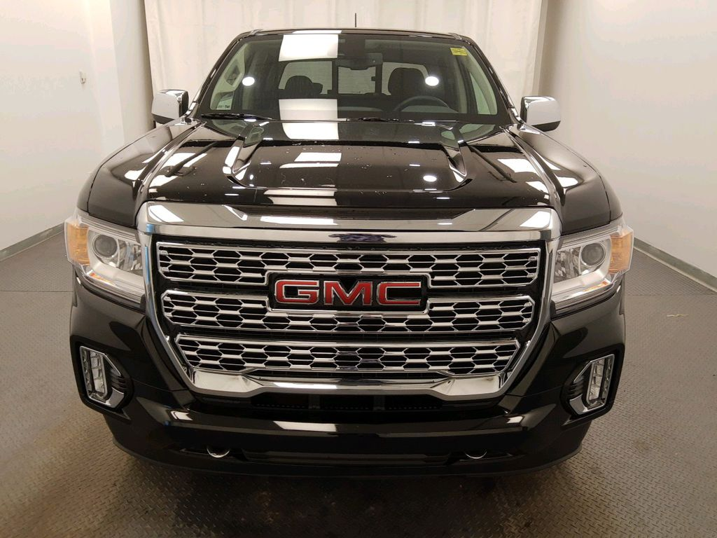 Black 2021 GMC Canyon Left Front Rim and Tire Photo in Lethbridge AB