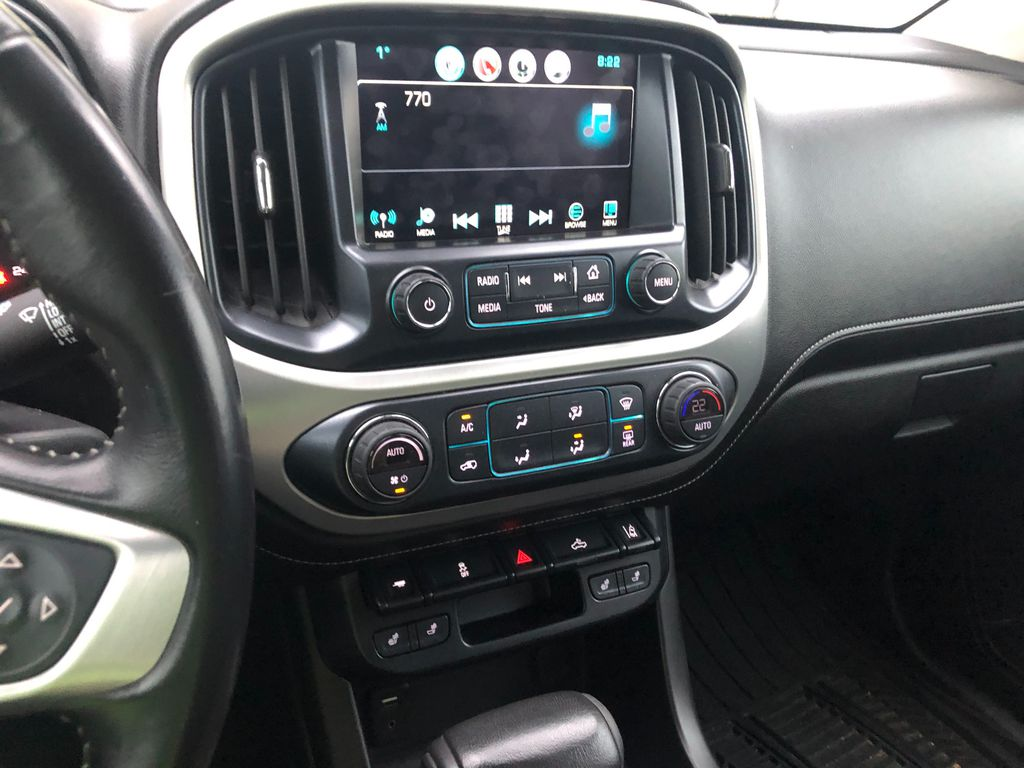 Silver 2017 GMC Canyon Sunroof Photo in Lethbridge AB