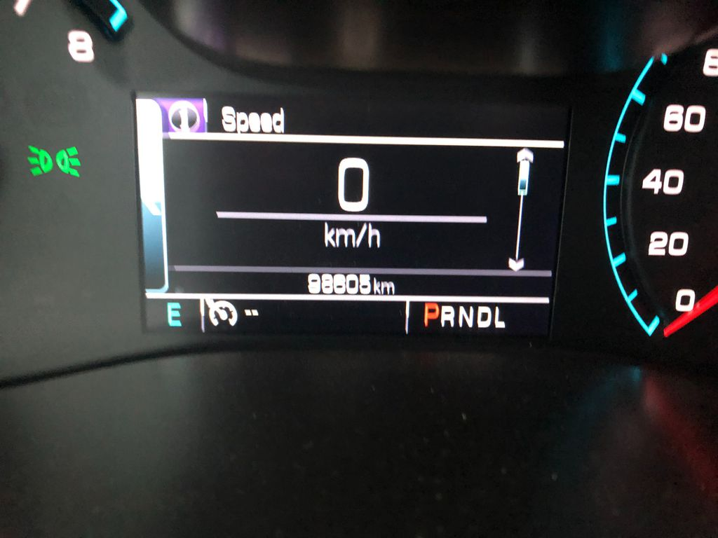Silver 2017 GMC Canyon Left Front Interior Photo in Lethbridge AB