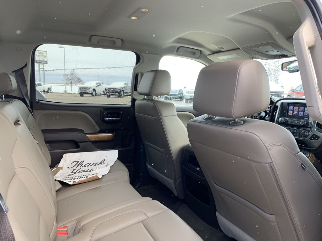 White[Iridescent Pearl Tricoat] 2018 Chevrolet Silverado 1500 Driver's Side Door Controls Photo in Fort Macleod AB
