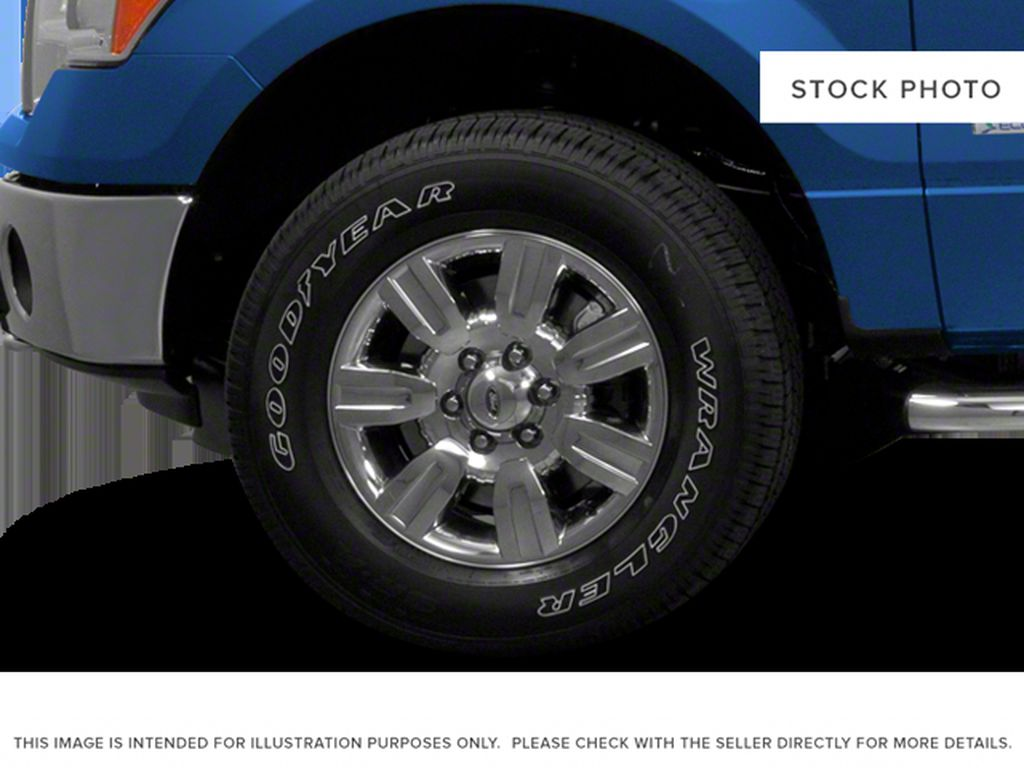 Black[Tuxedo Black] 2012 Ford F-150 Left Front Rim and Tire Photo in Fort Macleod AB