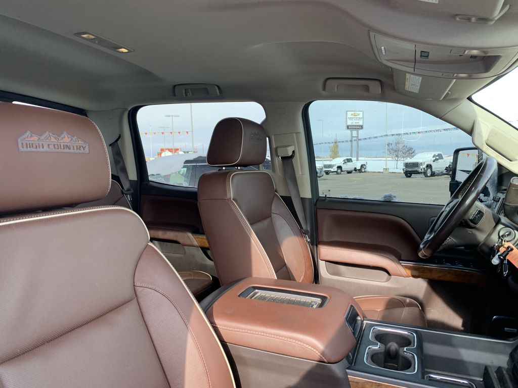 White[Iridescent Pearl Tricoat] 2019 Chevrolet Silverado 3500HD Driver's Side Door Controls Photo in Fort Macleod AB