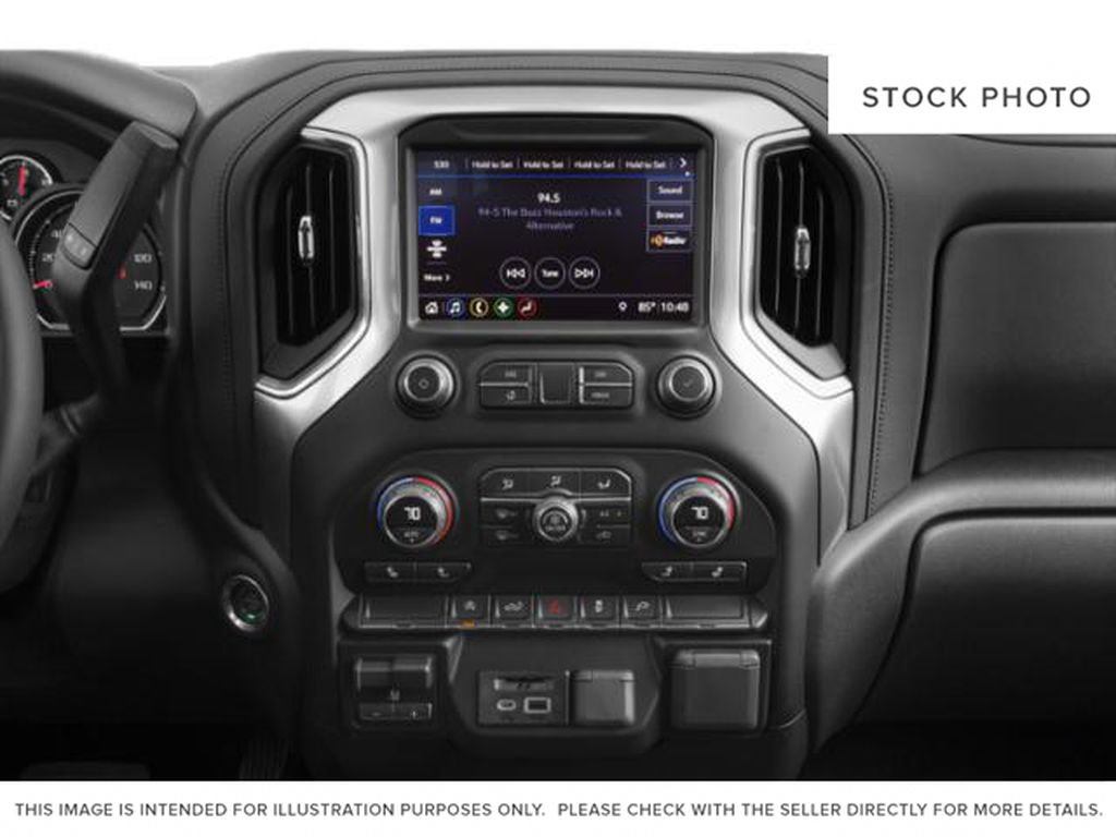 Black[Black] 2019 Chevrolet Silverado 1500 Radio Controls Closeup Photo in Fort Macleod AB