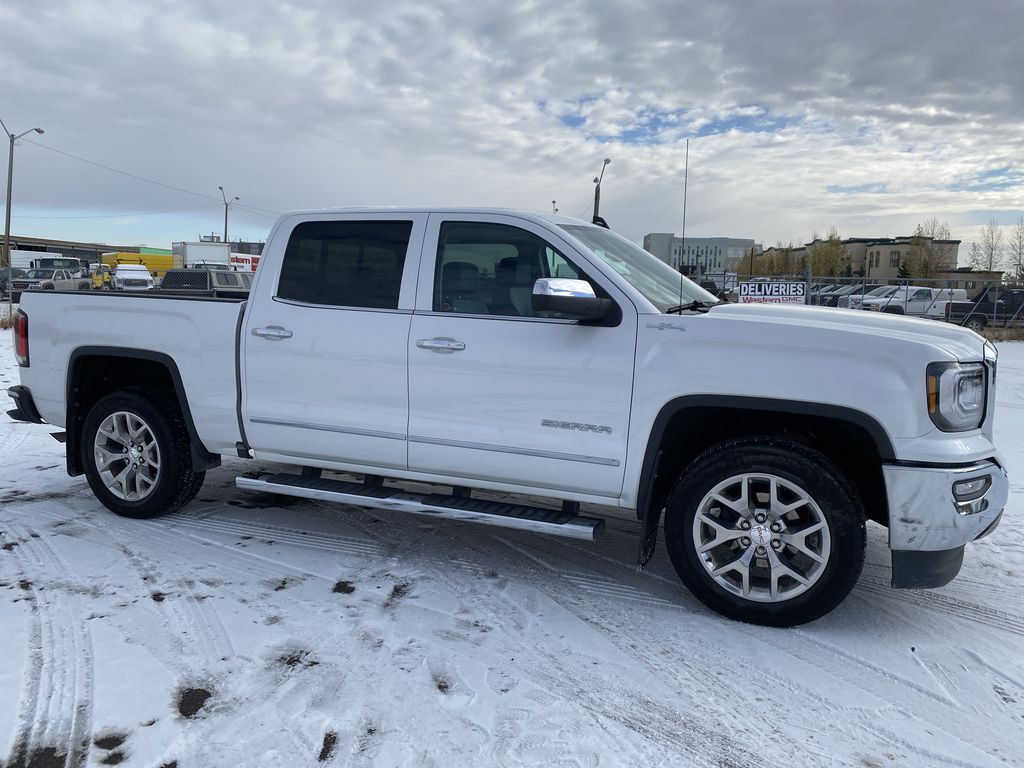 White[White Frost Tricoat] 2018 GMC Sierra 1500 Right Side Photo in Edmonton AB
