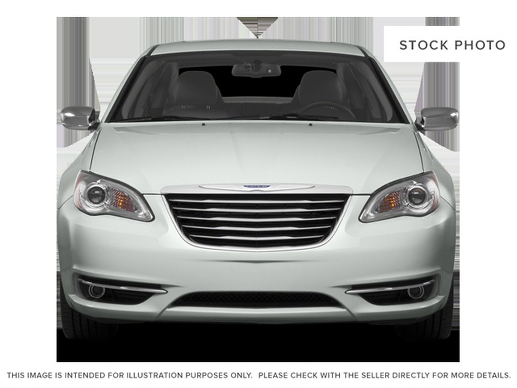 Silver[Billet Metallic Clearcoat] 2014 Chrysler 200 Front Vehicle Photo in Dartmouth NS
