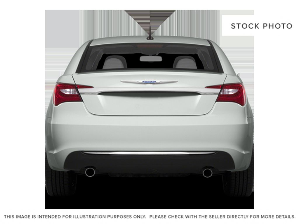 Silver[Billet Metallic Clearcoat] 2014 Chrysler 200 Rear of Vehicle Photo in Dartmouth NS