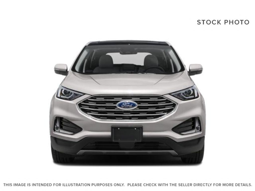 White[Oxford White] 2020 Ford Edge Front Vehicle Photo in Dartmouth NS