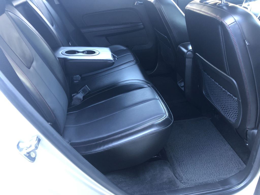 Gold[Champagne Silver Metallic] 2013 Chevrolet Equinox Right Side Rear Seat  Photo in Canmore AB