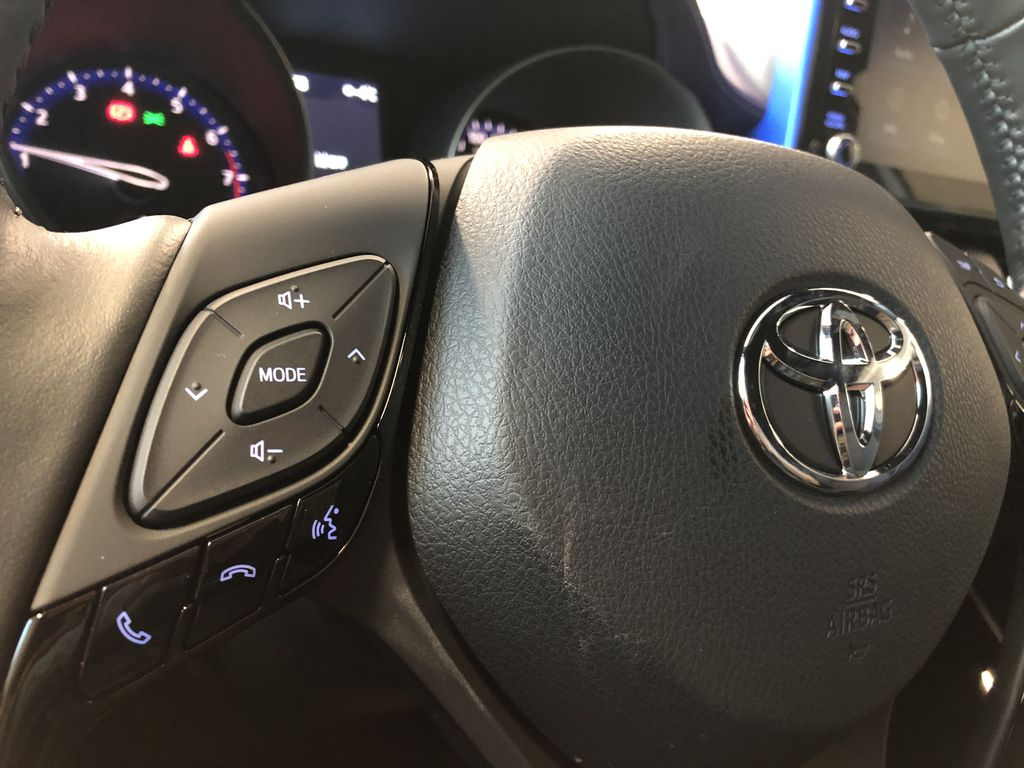 Blizzard Pearl 2021 Toyota C-HR XLE Premium Right Side Front Seat  Photo in Edmonton AB