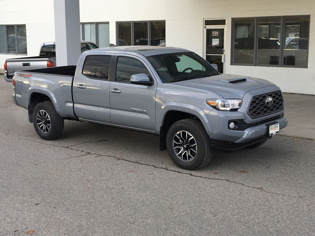 Gray[Cement] 2021 Toyota Tacoma 4WD Right Front Corner Photo in Kelowna BC