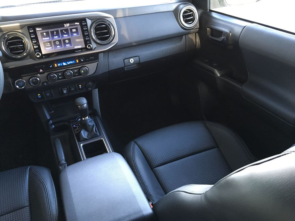 Gray[Cement] 2021 Toyota Tacoma 4WD Right Side Front Seat  Photo in Kelowna BC