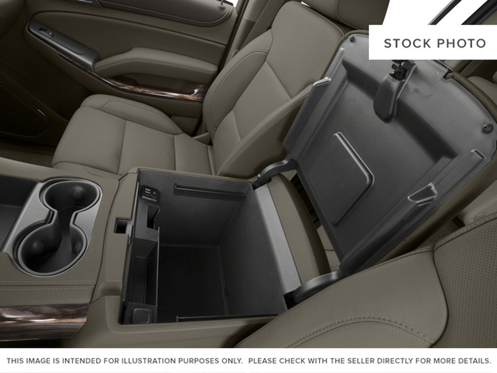2017 GMC Yukon XL Center Console Photo in Medicine Hat AB