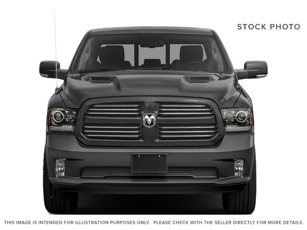 Silver[Bright Silver Metallic] 2017 Ram 1500 Front Vehicle Photo in Fort Macleod AB