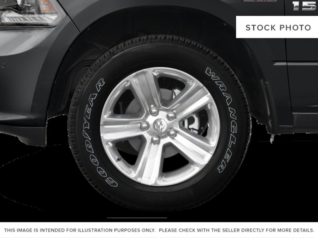 Silver[Bright Silver Metallic] 2017 Ram 1500 Left Front Rim and Tire Photo in Fort Macleod AB