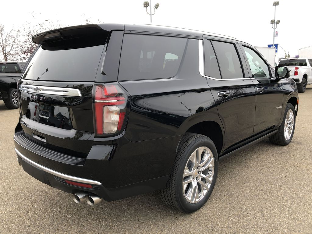 Black[Black] 2021 Chevrolet Tahoe Right Rear Corner Photo in Edmonton AB