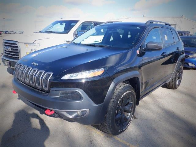 Black[Diamond Black Crystal Pearl] 2018 Jeep CherokeeTrailhawk 4x4 *Heated Seats/Wheel* *Remote Start* NAV*