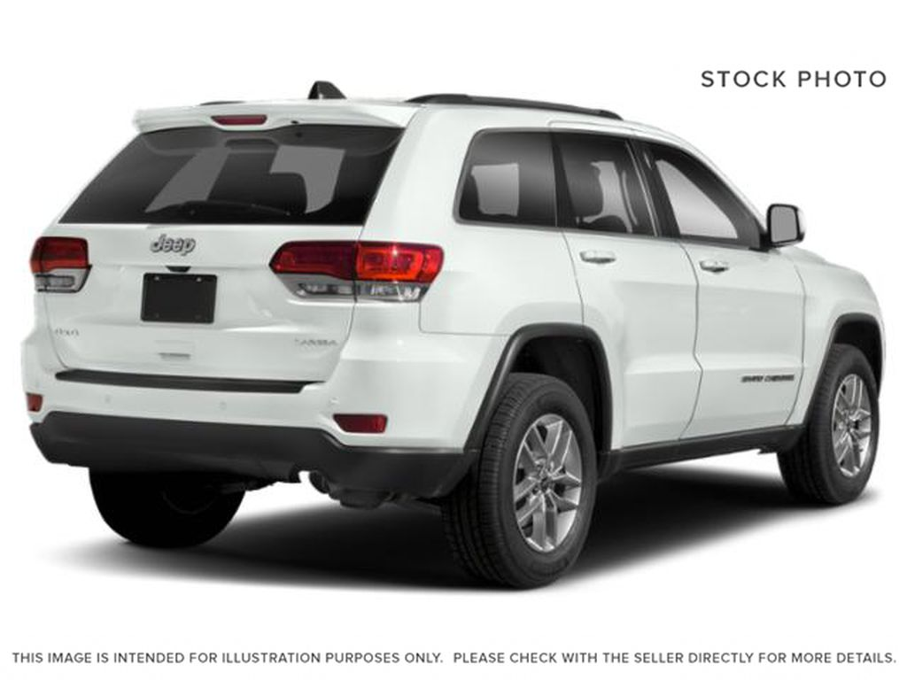 White[Bright White] 2019 Jeep Grand Cherokee Right Rear Corner Photo in Cold Lake AB