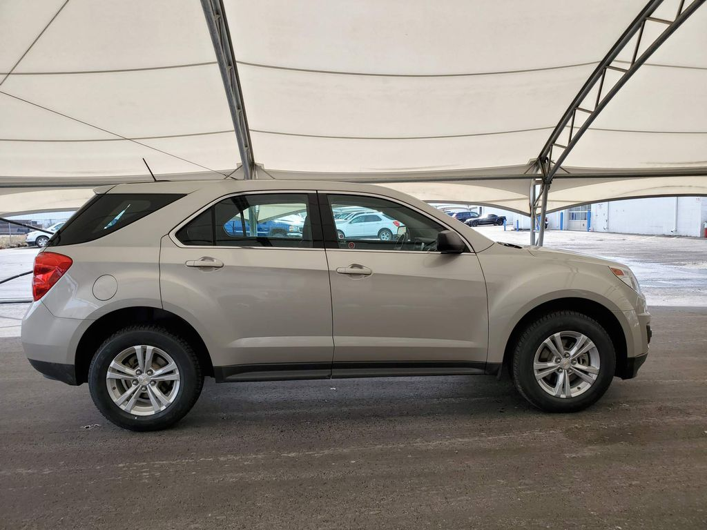 Silver 2015 Chevrolet Equinox Strng Wheel: Frm Rear in Airdrie AB