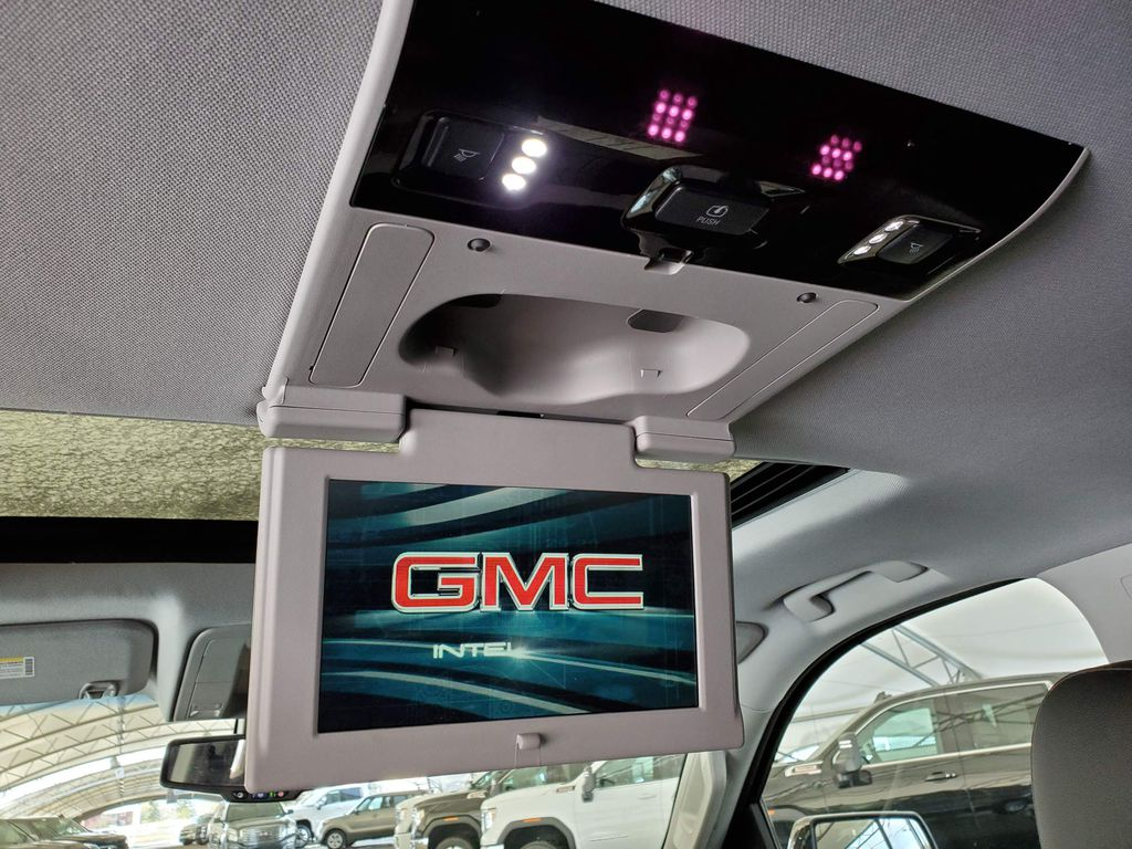 2020 GMC Yukon XL Rear of Vehicle Photo in Airdrie AB