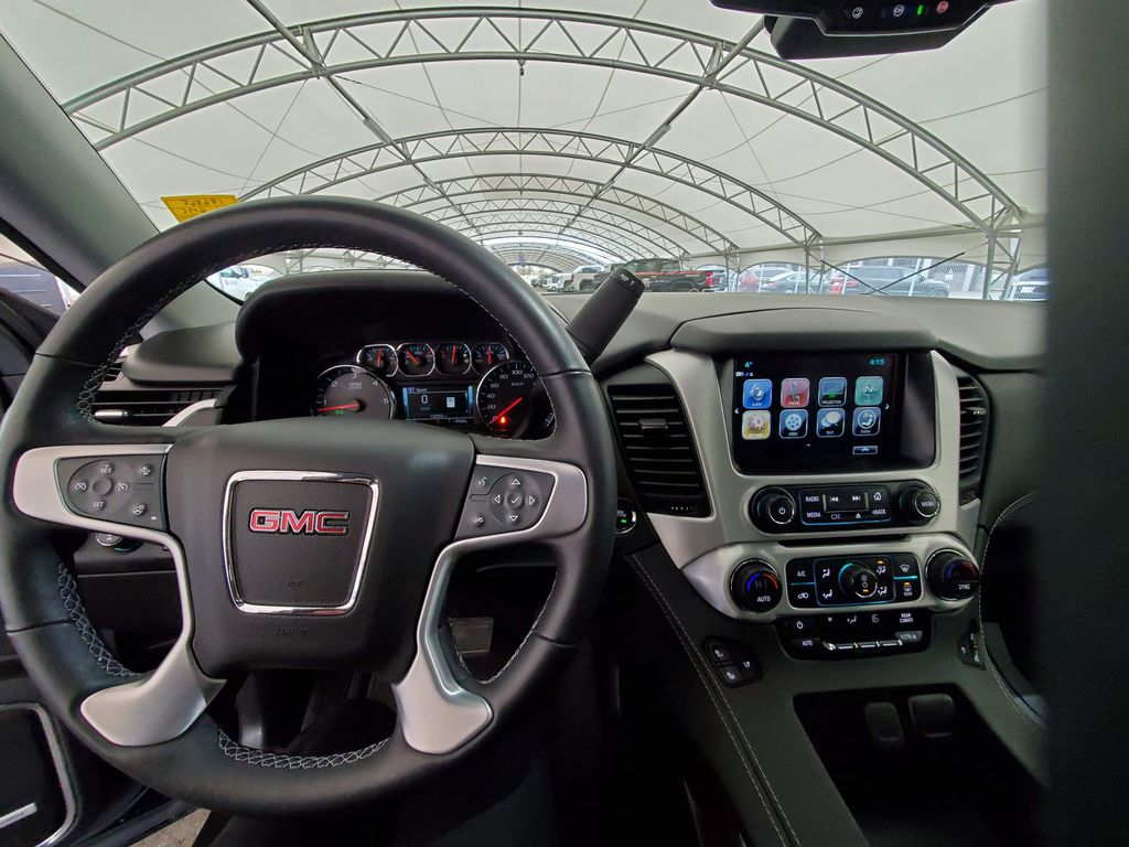 2020 GMC Yukon XL LR Door Panel Ctls Photo in Airdrie AB