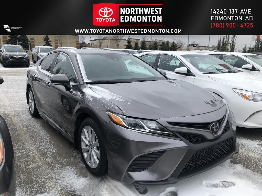 Silver 2019 Toyota Camry SE