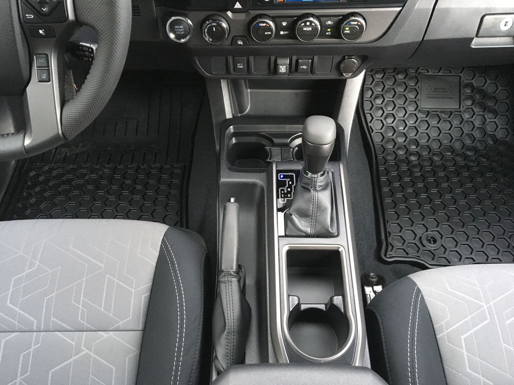 Magnetic Grey Metallic 2021 Toyota Tacoma TRD Sport Center Console Photo in Kelowna BC