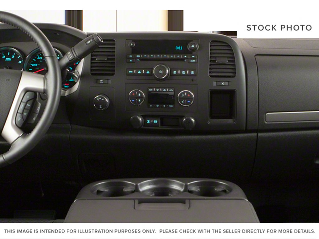 White[Summit White] 2012 Chevrolet Silverado 2500HD Central Dash Options Photo in Fort Macleod AB