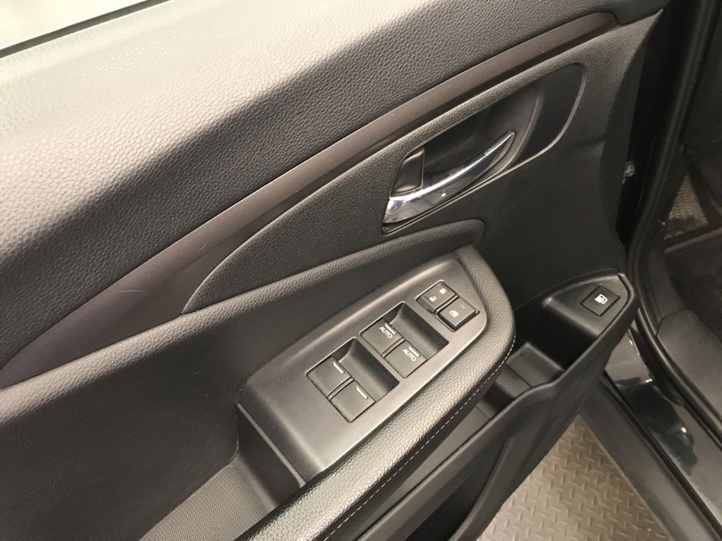 Black 2019 Honda Ridgeline LR Door Panel Ctls Photo in Lethbridge AB