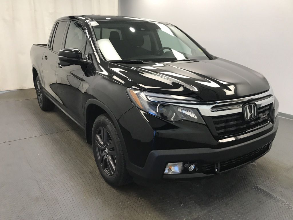 Black 2019 Honda Ridgeline Left Front Rim and Tire Photo in Lethbridge AB
