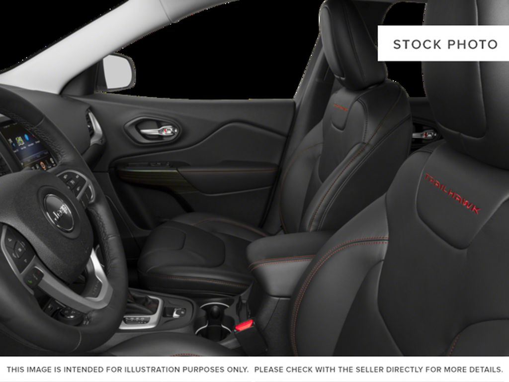 Black[Diamond Black Crystal Pearl] 2017 Jeep Cherokee Left Front Interior Photo in Yarmouth NS