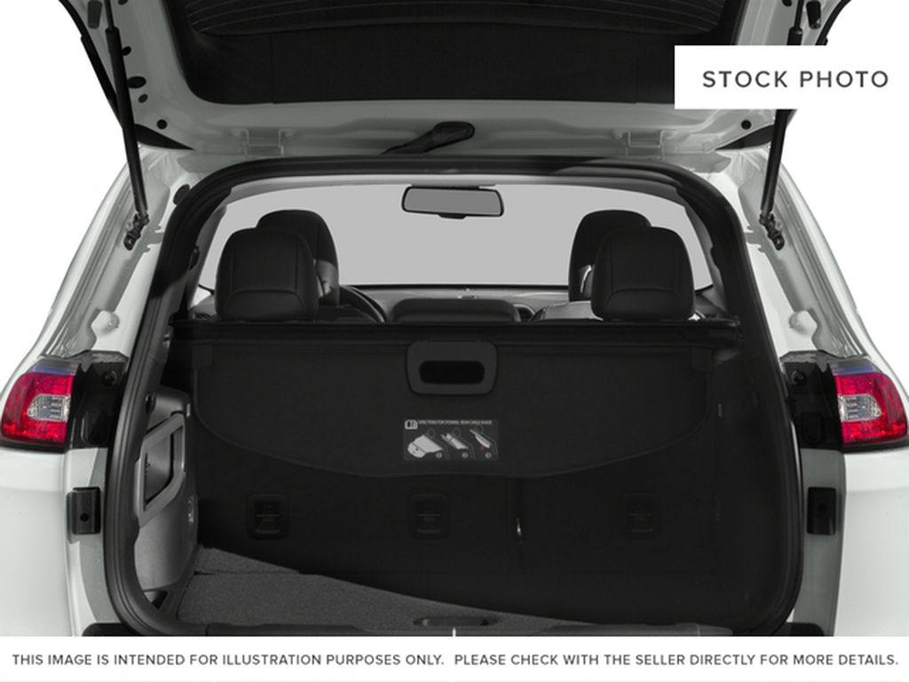 Black[Diamond Black Crystal Pearl] 2017 Jeep Cherokee Trunk / Cargo Area Photo in Yarmouth NS