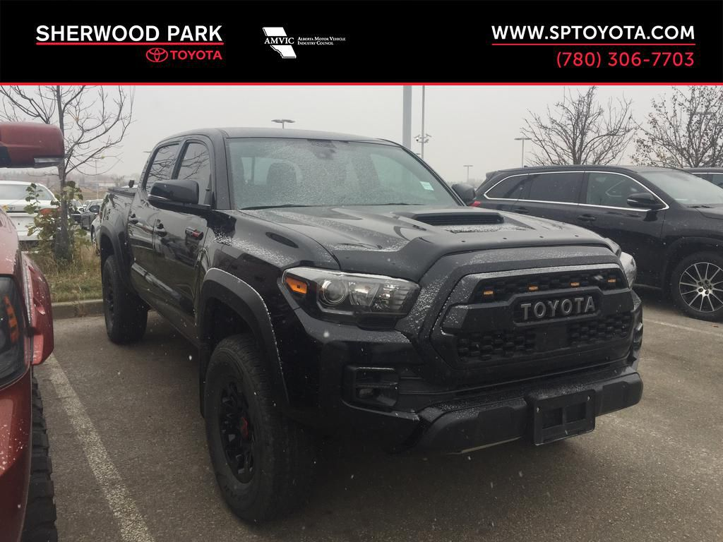 Black[Midnight Black Metallic] 2018 Toyota Tacoma TRD PRO - NO ACCIDENTS - LOW KMS