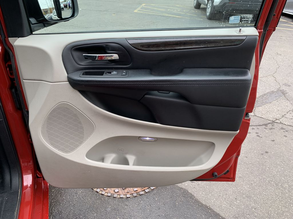 Red[Deep Cherry Red Crystal Pearl] 2016 Dodge Grand Caravan Left Side Rear Seat  Photo in Brampton ON