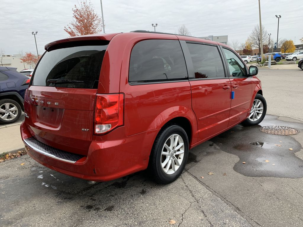 Red[Deep Cherry Red Crystal Pearl] 2016 Dodge Grand Caravan Sunroof Photo in Brampton ON