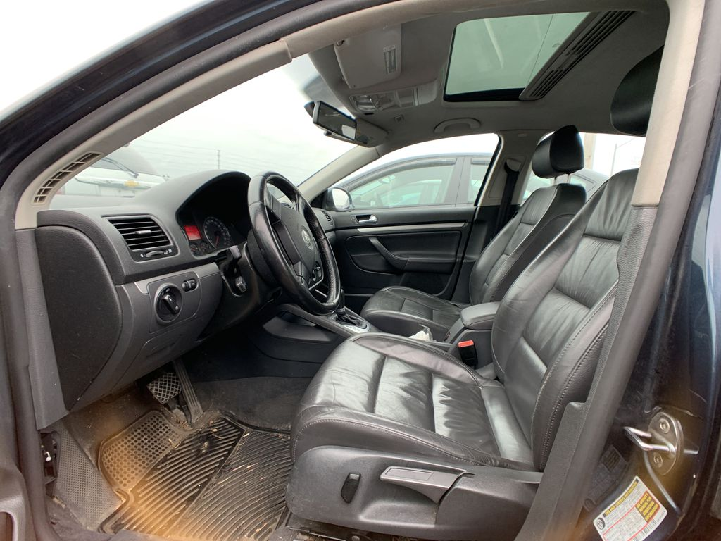 Blue[Arctic Blue Silver] 2006 Volkswagen Jetta Sedan Left Front Interior Photo in Brampton ON
